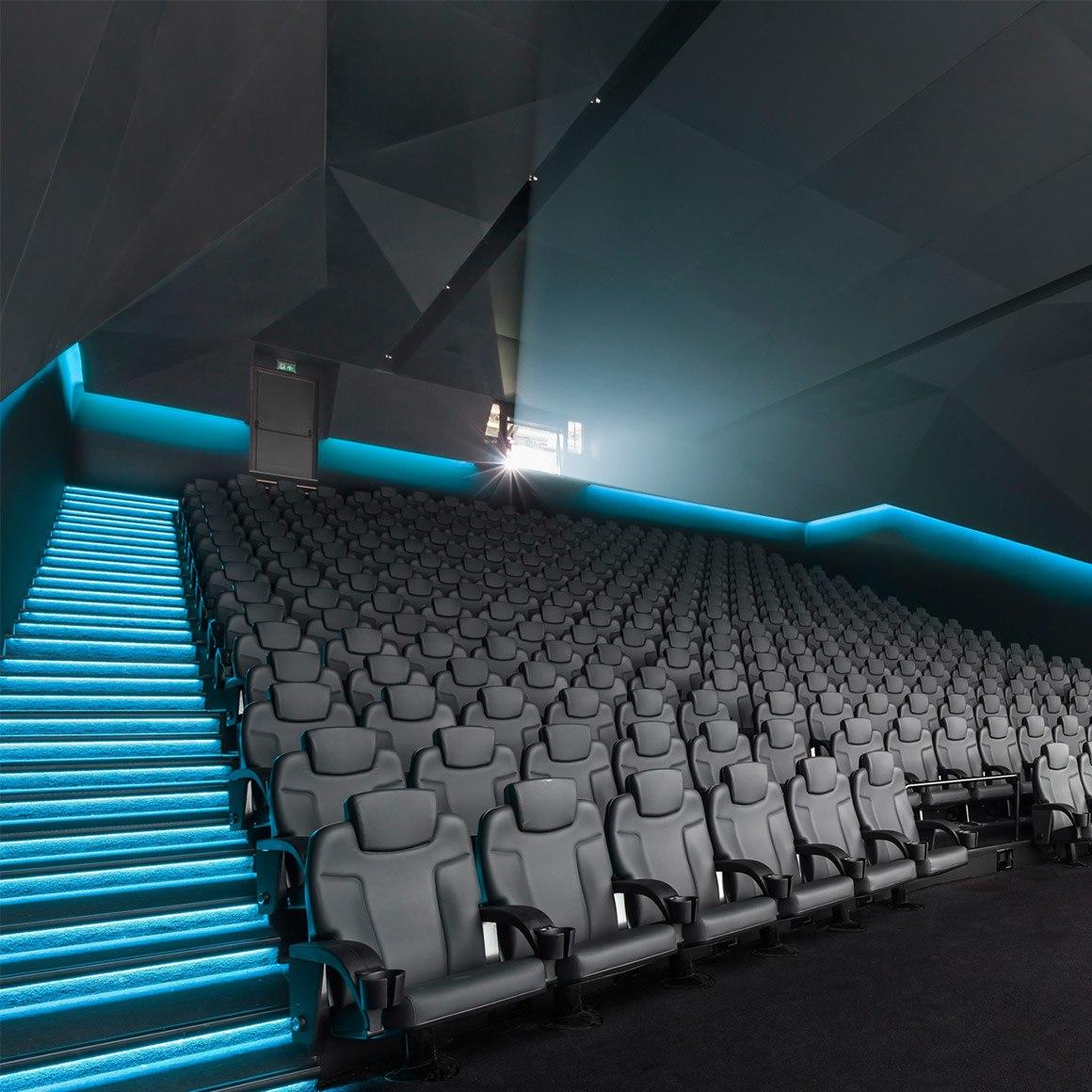 Dolby_Cinema_3_Up_1160x1160
